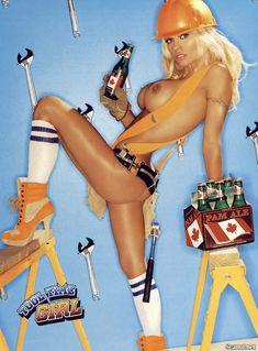 Памела Андерсон демонстрирует себя голышом в журнале Playboy фото #2