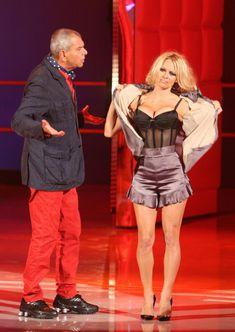 Памела Андерсон в сексуальном белье на телешоу фото #2