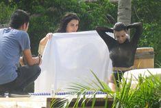 Горячие фото Ким Кардашьян на съемках в Punta Mita фото #4