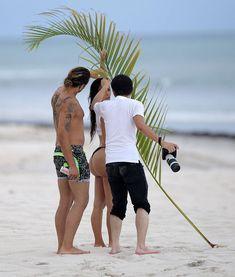 Горячие фото Ким Кардашьян на съемках в Punta Mita фото #15