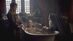 Голая Ева Грин в сериале «Камелот» фото #15