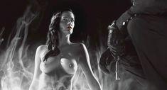 Голая Ева Грин в фильме «Город Грехов 2: Женщина, ради которой стоит убивать» фото #19
