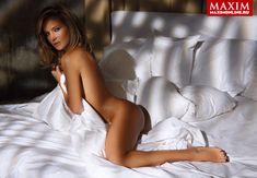 Обнаженная Глюкоза в журнале Maxim фото #2