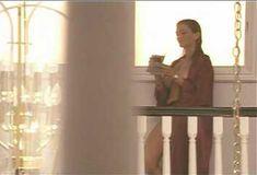 Голая Ава Фабиан в сериале «Эротические признания» фото #14