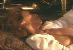 Голая Ава Фабиан в сериале «Эротические признания» фото #24