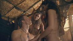 Красотка Айс Тезел снялась голой в сериале «Спартак: Война проклятых» фото #8