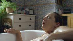 Голая грудь Алекс Кингстон в сериале «Дом на окраине» фото #2