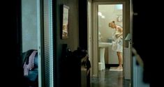 Красивая Александра Лами снялась голой в фильме «Рики» фото #1