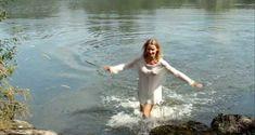 Красивая Александра Лами снялась голой в фильме «Рики» фото #14