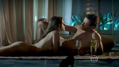Голая Алессандра Амброзио в сериале «Тайные истины» фото #7