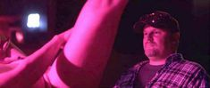 Алисия Уитт без лифчика в фильме «Совместное тело» фото #4