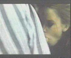 Сексуальная Аманда Оомс сосёт член в фильме «Отель «Санкт-Паули»» фото #3