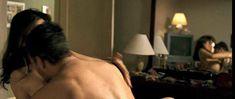 Аманда Пит засветила сосок в фильме «Что тебя не убивает» фото #2