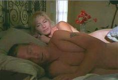Голая Анджела Дейвис в сериале «Лучший секс в вашей жизни» фото #16