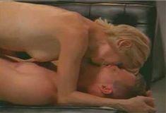 Голая Анджела Дейвис в сериале «Лучший секс в вашей жизни» фото #27