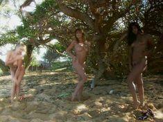 Голая Анджела Литтл  в фильме Nikki Novas Sex on the Beach фото #15