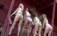 Голая Анджела Литтл в фильме «Американский пирог. Музыкальный лагерь» фото #3