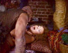 Андри Маранда засветила грудь в фильме «Токсичный мститель» фото #3