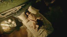 Голая Анна Брюстер в сериале «Версаль» фото #1
