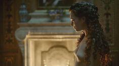 Голая Анна Брюстер в сериале «Версаль» фото #7