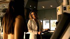 Голая Анна Силк в сериале «Зов крови» фото #2