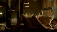 Голая Анна Силк в сериале «Зов крови» фото #5