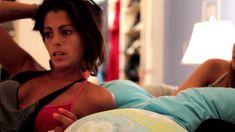 Соблазнительная Аннетт О'Тул оголила грудь и попу в фильме «Бронза» фото #5