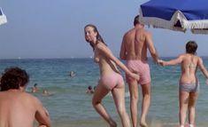 Голая грудь Аньес Сораль ф фильме «Минутное помрачение рассудка» фото #3