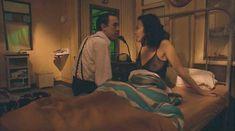 Ариадна Хиль засветила грудь в фильме «Порочный девственник» фото #2