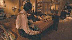 Ариадна Хиль засветила грудь в фильме «Порочный девственник» фото #5