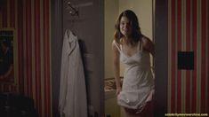 Голая грудь Бетси Брандт в сериале «Мастера секса» фото #1