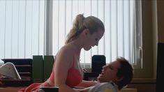 Голая Бетти Джилпин в сериале «Сестра Джеки» фото #10