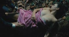 Голая грудь Бланки Суарес в фильме «Кожа, в которой я живу» фото #4