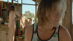 Голая Бояна Новакович в сериале «Бесстыдники» фото #16
