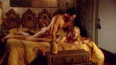 Красотка Брук Баннер снялась голой в сериале «Эротические путешествия» фото #5