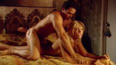 Красотка Брук Баннер снялась голой в сериале «Эротические путешествия» фото #6