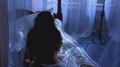 Голая Валентина Варгас в фильме «Восставший из ада 4. Кровное родство» фото #6