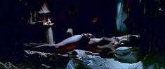 Голая Виктория Абриль «Луна в сточной канаве» фото #12