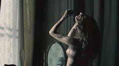красивая Виттория Пуччини оголила грудь и попу в фильме «Кронпринц Рудольф» фото #7