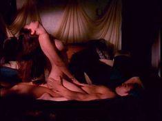 Голая Габриэлла Холл в порнофильме The Seductress фото #14