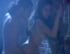 Голая Габриэлла Холл в порнофильме The Ultimate Attraction фото #7