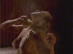 Голая Гриффин Дрю в фильме «Скандалы. Другая сторона» фото #1