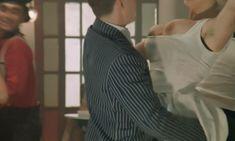 Голая Дебора Каприольо в фильме «Паприка» фото #107