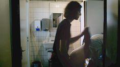 Голая Дебора Реви в фильме «Q. Загадка женщины» фото #13