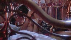 Голая грудь Деми Мур в фильме «Только большое чувство» фото #3