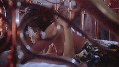 Голая грудь Деми Мур в фильме «Только большое чувство» фото #4