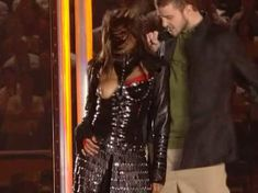 Красотка Джанет Джексон засветила грудь в видео Super Bowl Breast Flash HDTV фото #2