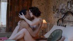 Голая Джанет Монтгомери в сериале «Танцы на грани» фото #6