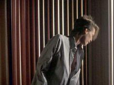 Джейми Ли Кёртис засветила грудь в фильме «Идеально» фото #3