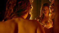 Голая Дженни Жак в сериале «Отчаянные романтики» фото #3